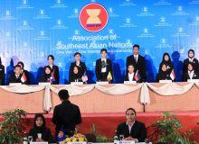 Praktek Diplomasi Angkatan 2013